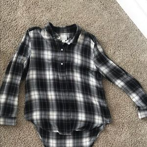 The most comfortable and flattering plaid shirt!